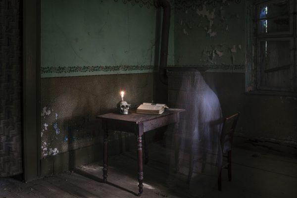 Luminance 2019_Doris CHÂTAIGNER_Ghost_2